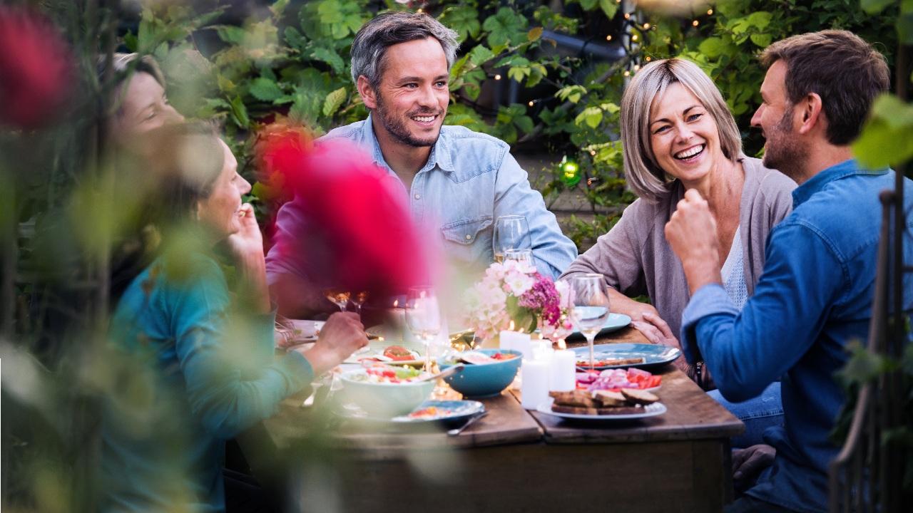 table a manger mobilier de jardin